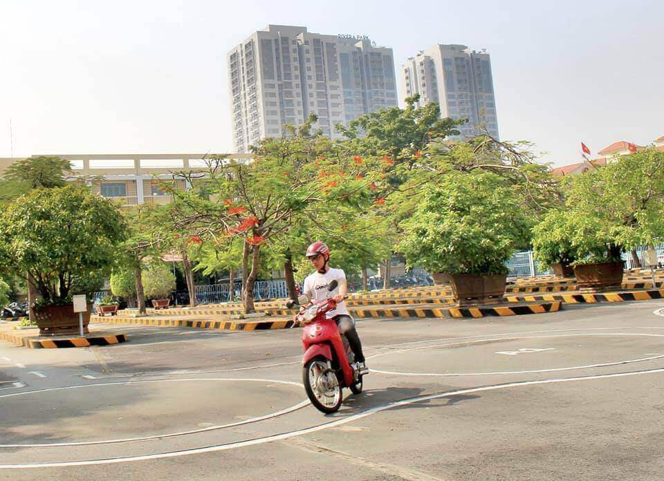 Địa chỉ ghi danh đăng ký thi GPLX A1 tại 51/2 Thành Thái